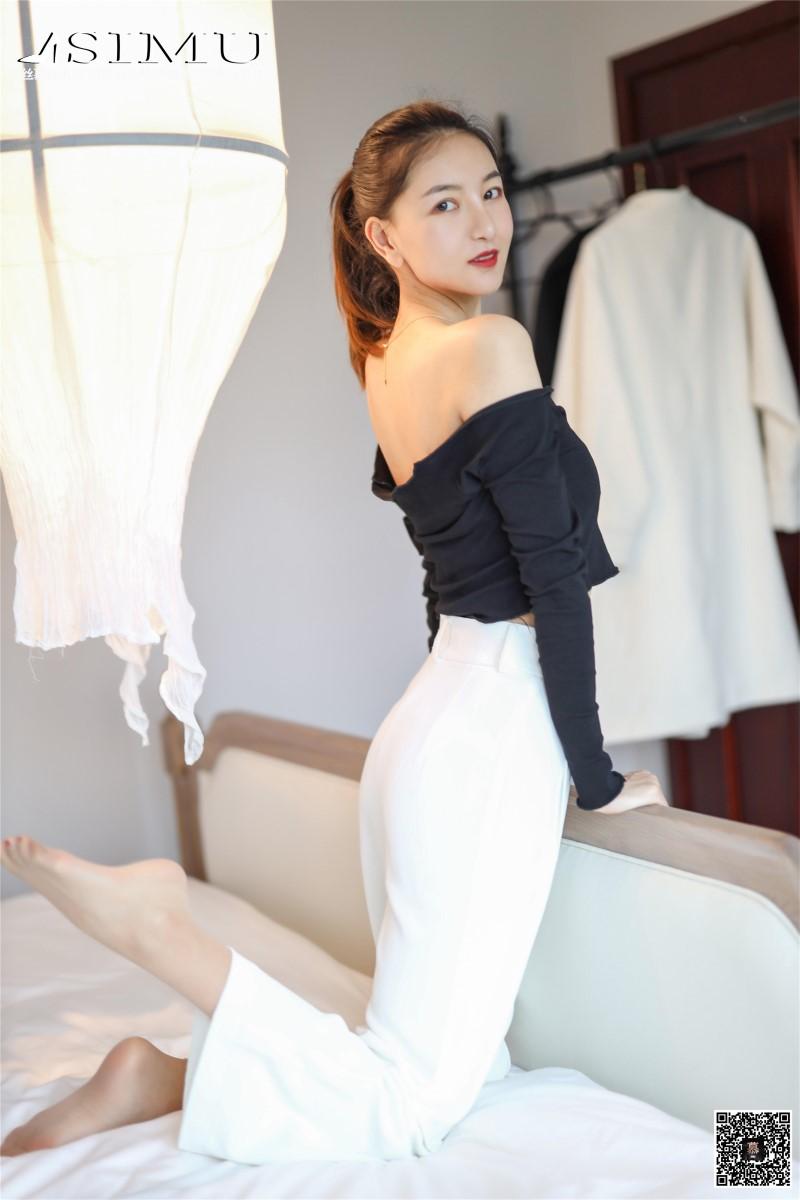 丝模系列 丝慕写真 SM225 天天一元 茗茗《裙装还是裤里丝》[66P/158MB] 丝慕写真-第2张