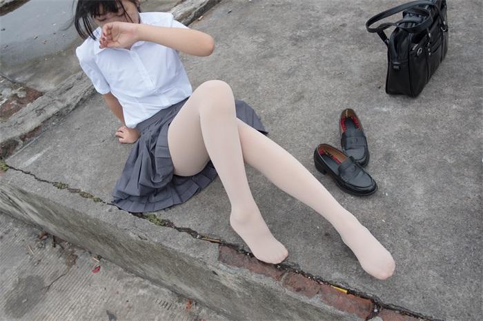 萝莉系列 森萝财团写真 BETA-005 白丝高中生 [75P/498MB] BETA-第2张