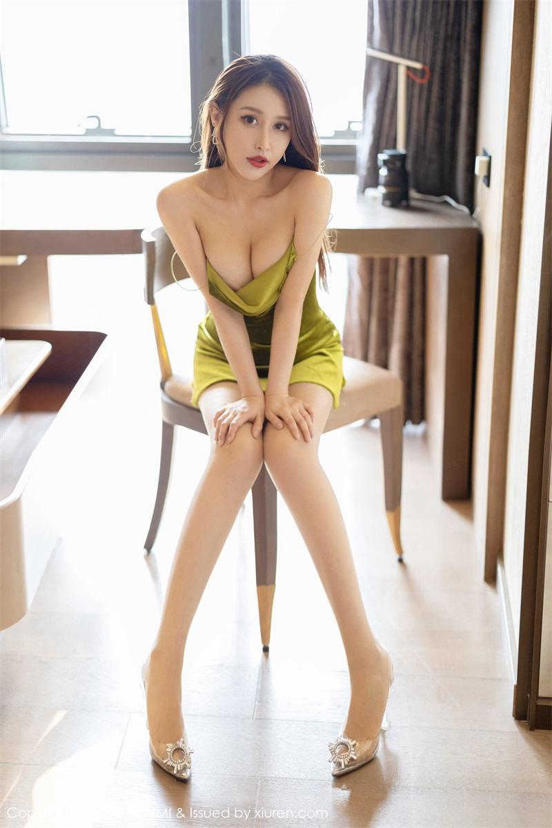 美女写真 典雅的吊裙 徐安安 [59P/187MB] 美丝写真-第3张