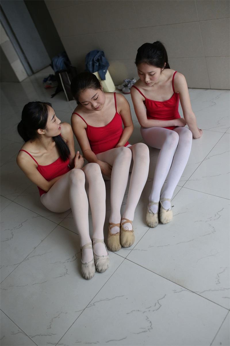 [大西瓜爱牙膏] W系列016 舞蹈家6-红衣三姐妹 [220P/1.05GB] 大西瓜爱牙膏-第4张
