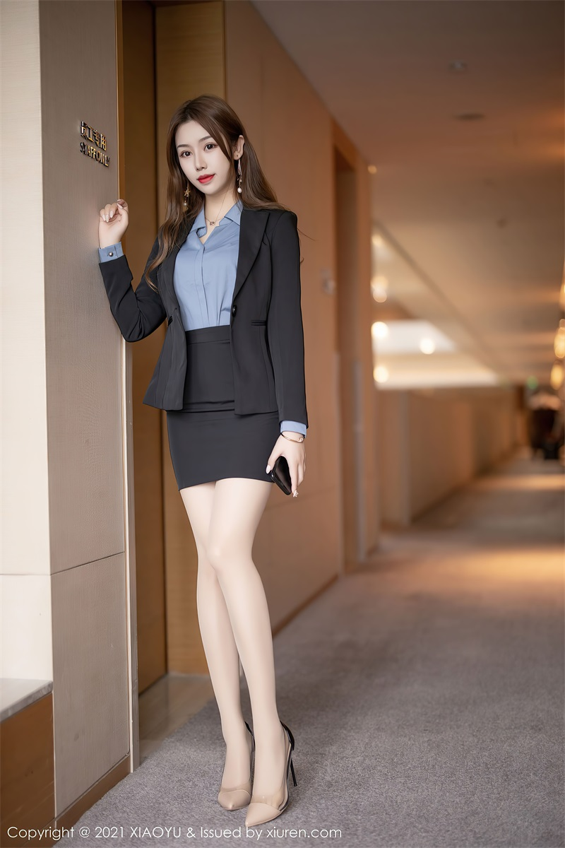 美女写真 黑色职场OL制服 梦梵 [61P/494MB] 美丝写真-第3张