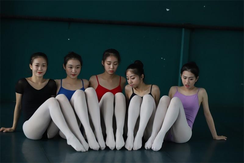 [大西瓜爱牙膏] W系列022 舞蹈家-五人场 [649P/1.40GB] 大西瓜爱牙膏-第3张