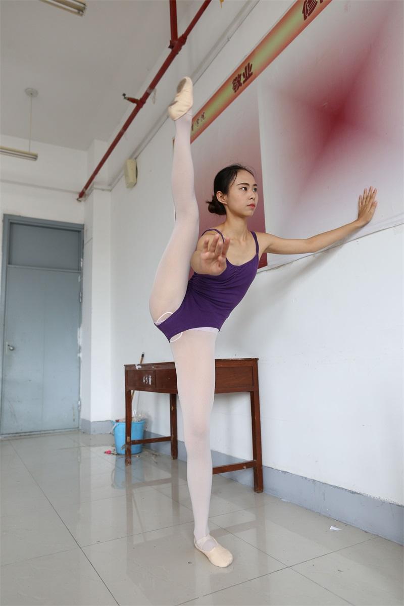 [大西瓜爱牙膏] W系列018 舞蹈家8-紫色 [379P/1.81GB] 大西瓜爱牙膏-第1张