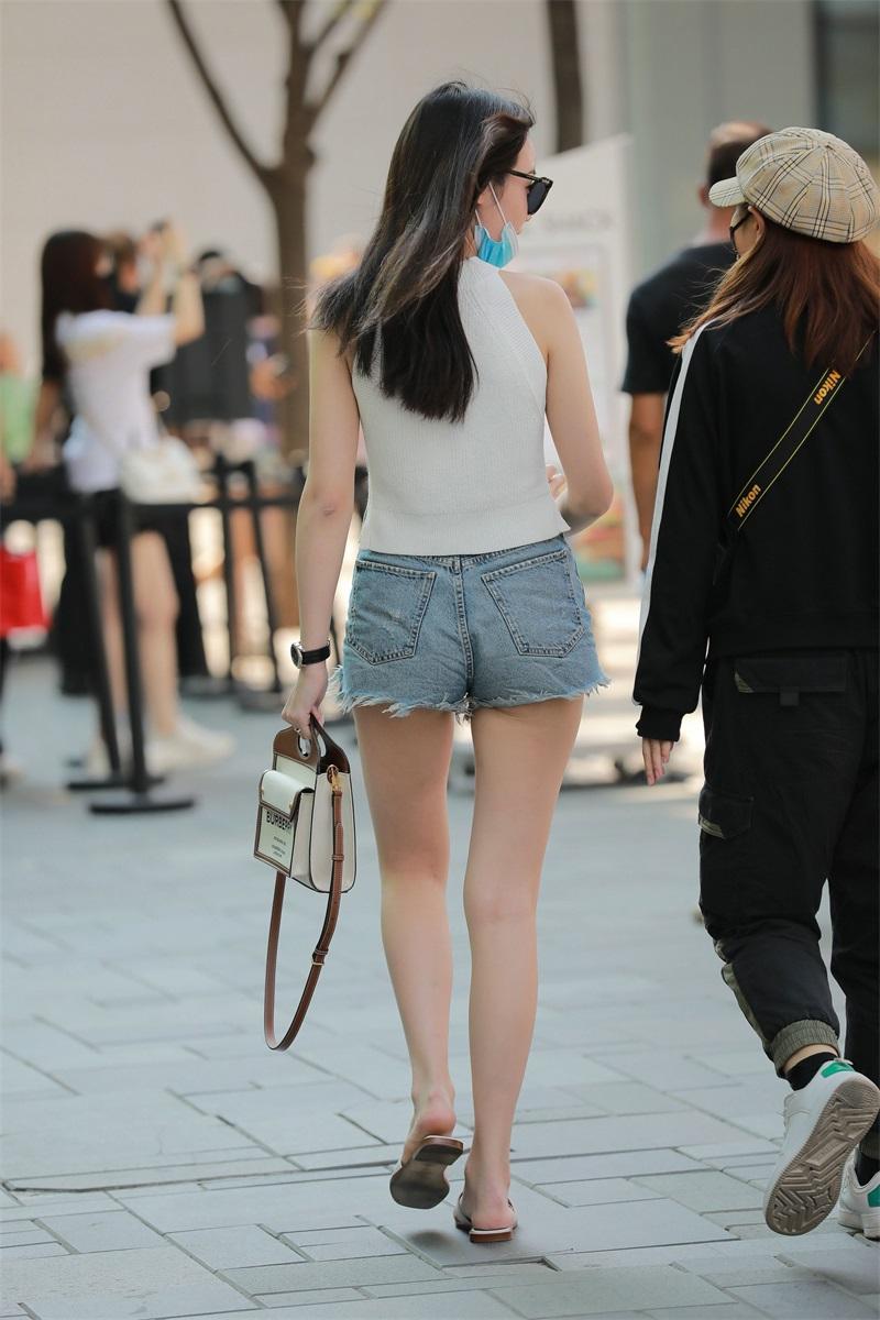 精选街拍 No.126 白嫩热裤小姐姐 [92P/201MB] 精选街拍-第4张
