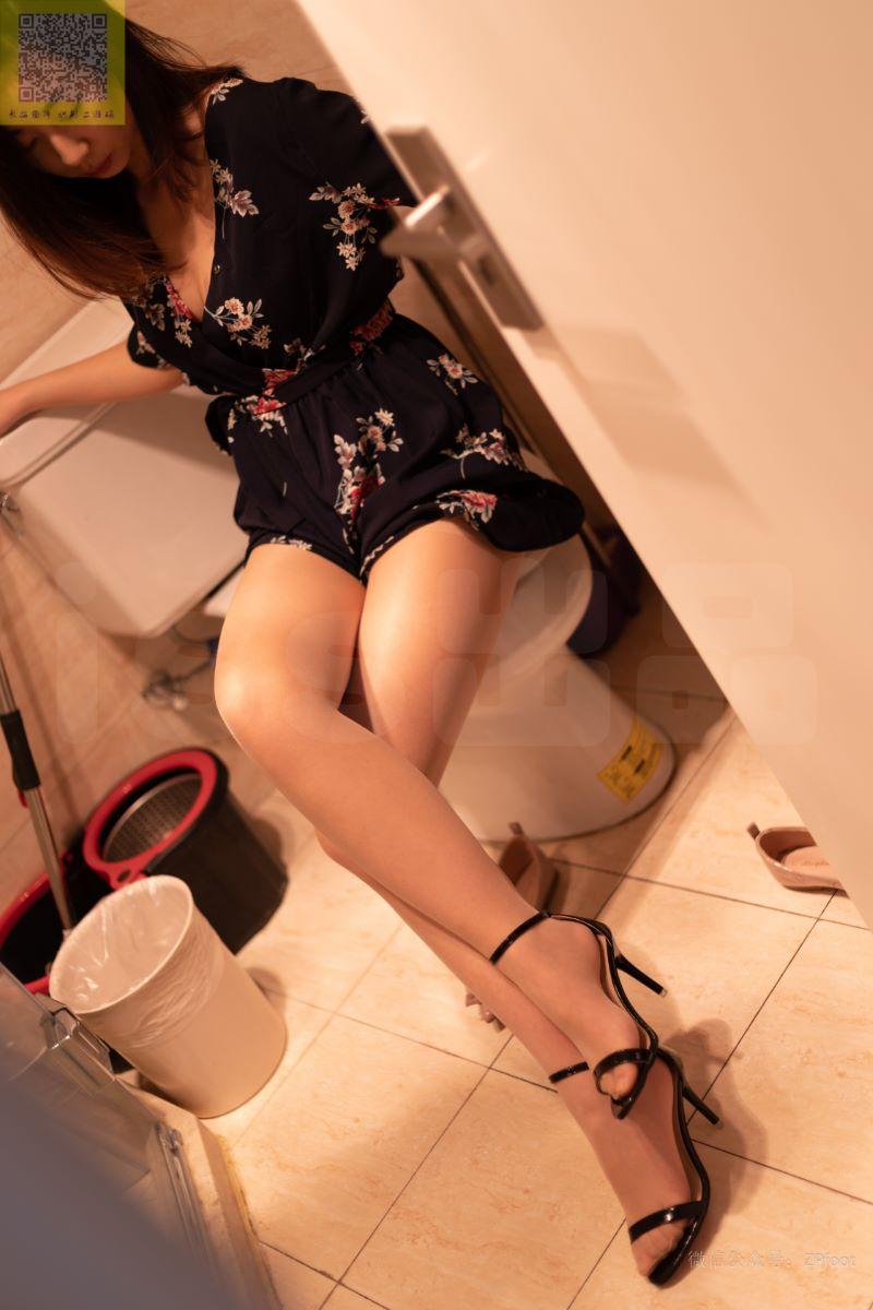 [LSS山茶摄影] NO.297 小辛的肉丝碎花裙 [53P/266MB] LSS山茶摄影-第1张
