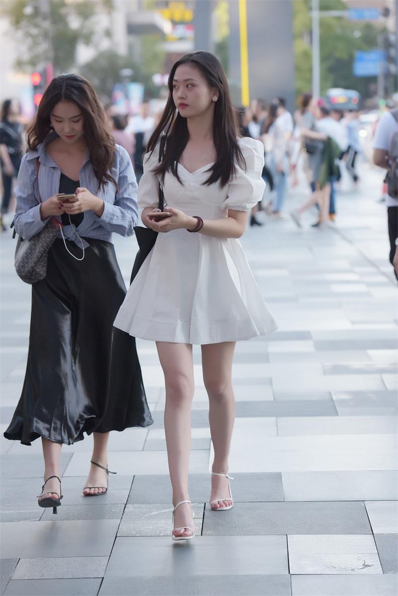 精选街拍 No.131 漂亮的白裙小姐姐 [93P/226MB] 精选街拍-第1张
