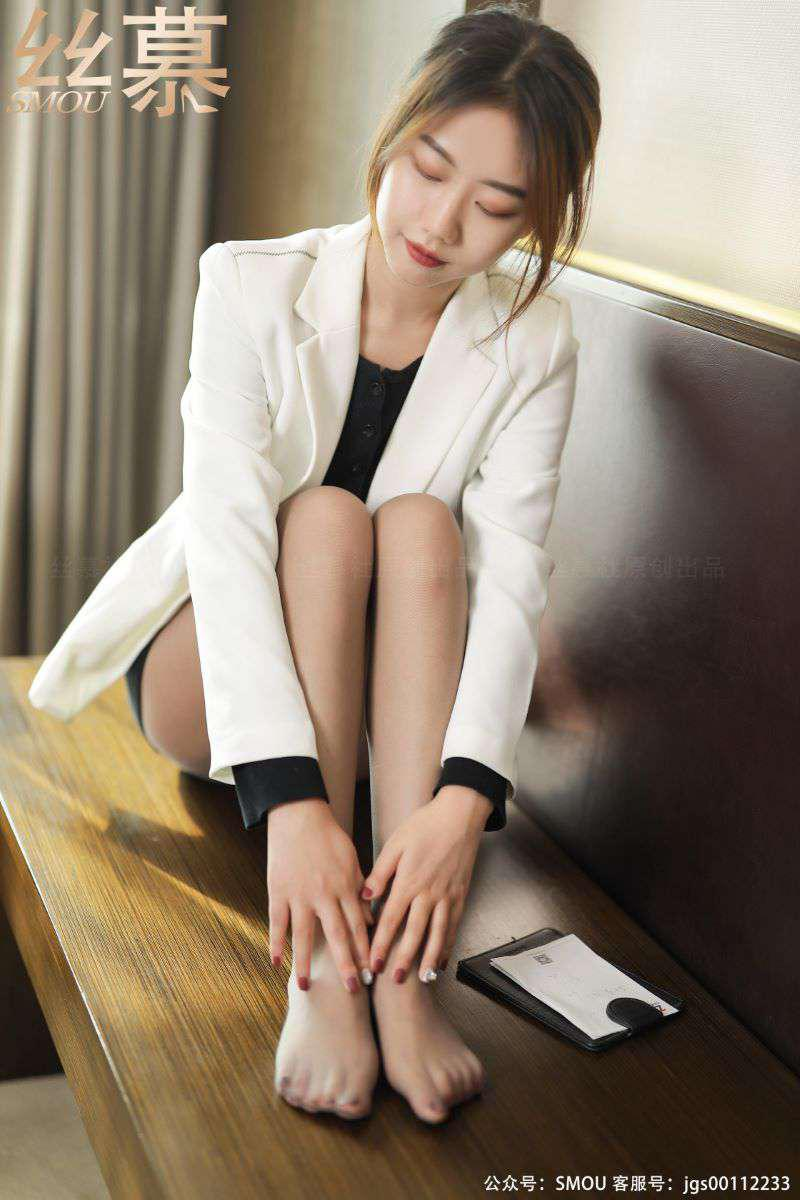 丝模系列 丝慕写真 SM432 天天一元 模特:米朵《灰色超薄连裤袜》[57P/112MB] 丝慕写真-第2张