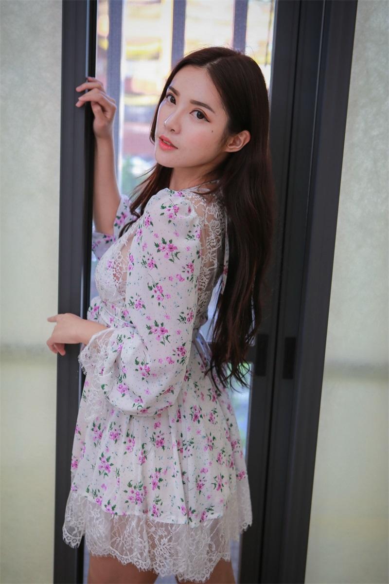 精选模拍 NO.010 黄書庭 睡衣裸足美腿2 [43P/85MB] 精选模拍-第4张