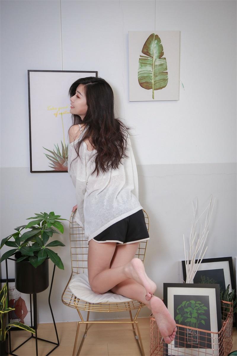 精选模拍 NO.014 简諠 居家裸足美腿 [100P/113MB] 精选模拍-第3张
