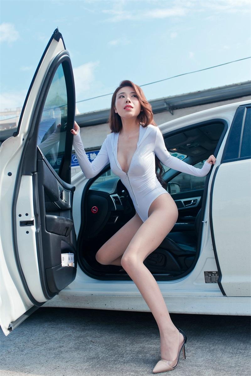 精选街拍 No.201 白色连体衣小姐姐 [105P/115MB] 精选街拍-第3张
