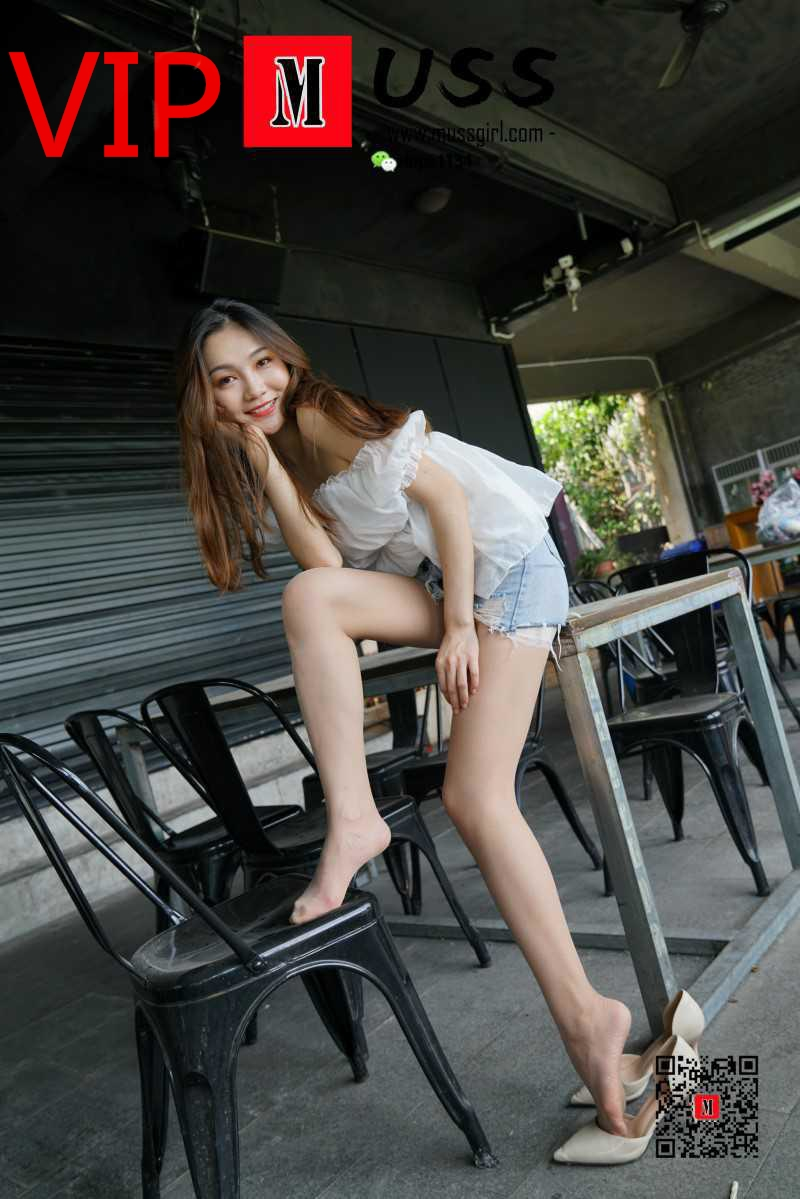 "[MussGirl慕丝女郎]NO.014 英语老师Mr.yuanyuan""丝""生活2 [95P/212MB] 年费专享-第1张"