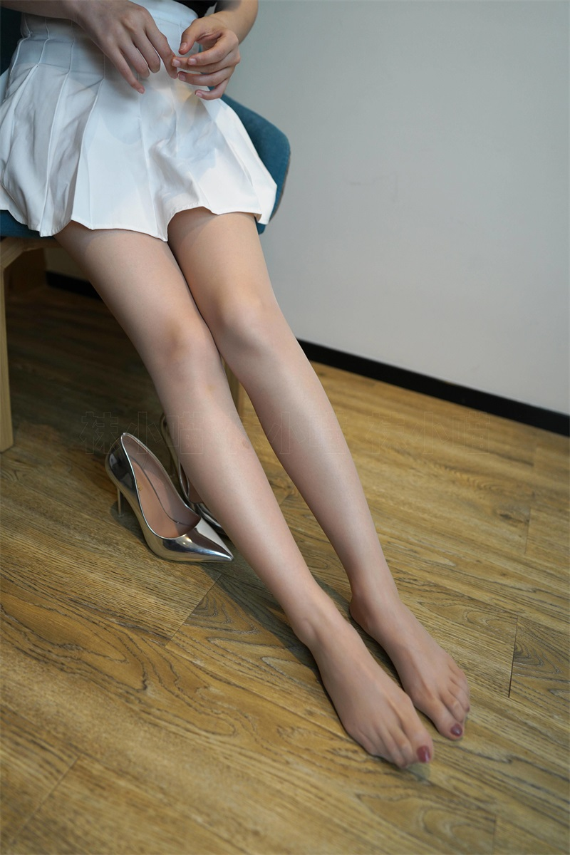 [kittyWawa袜小喵] KT287 百褶短裙 [87P/138MB] 美丝写真-第2张