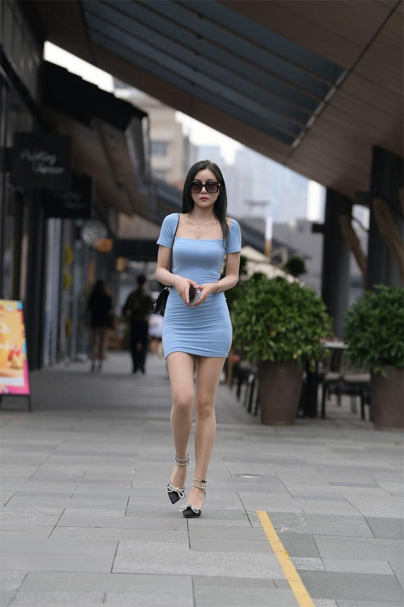 精选街拍 No.195 浅蓝色长裙美女 [111P/128MB] 精选街拍-第1张