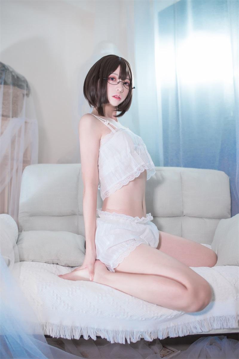 萝莉系列 喵糖映画少女写真 VOL.347 眼镜娘 [26P/231MB] 喵糖映画-第1张