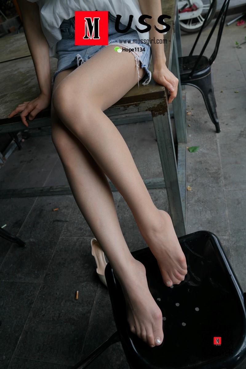 "[MussGirl慕丝女郎]NO.013 英语老师Mr.yuanyuan""丝""生活1 [94P/203MB] 年费专享-第3张"