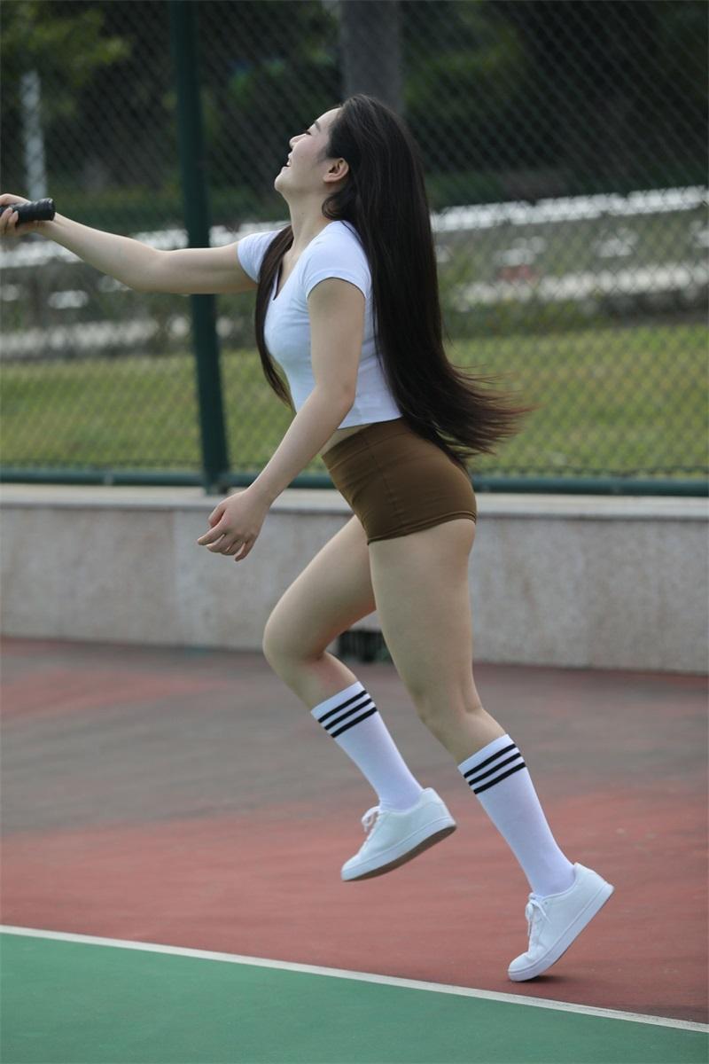 精选街拍 NO.247 棕色短裤运动的小姐姐 [307P/228MB] 精选街拍-第4张