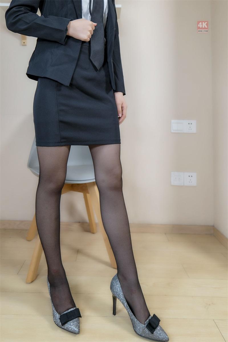 [Ligui丽柜] 2021.09.01《撩拨人的售楼小姐与她的薄丝袜》枫玥 [75P/106MB] LIGUI丽柜-第3张