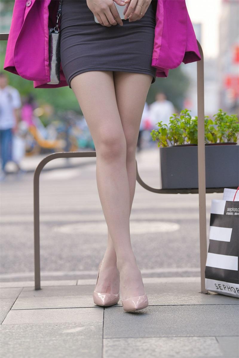 精选街拍 NO.228 漂亮的油亮丝袜长腿小街街 [653P/489MB] 精选街拍-第3张