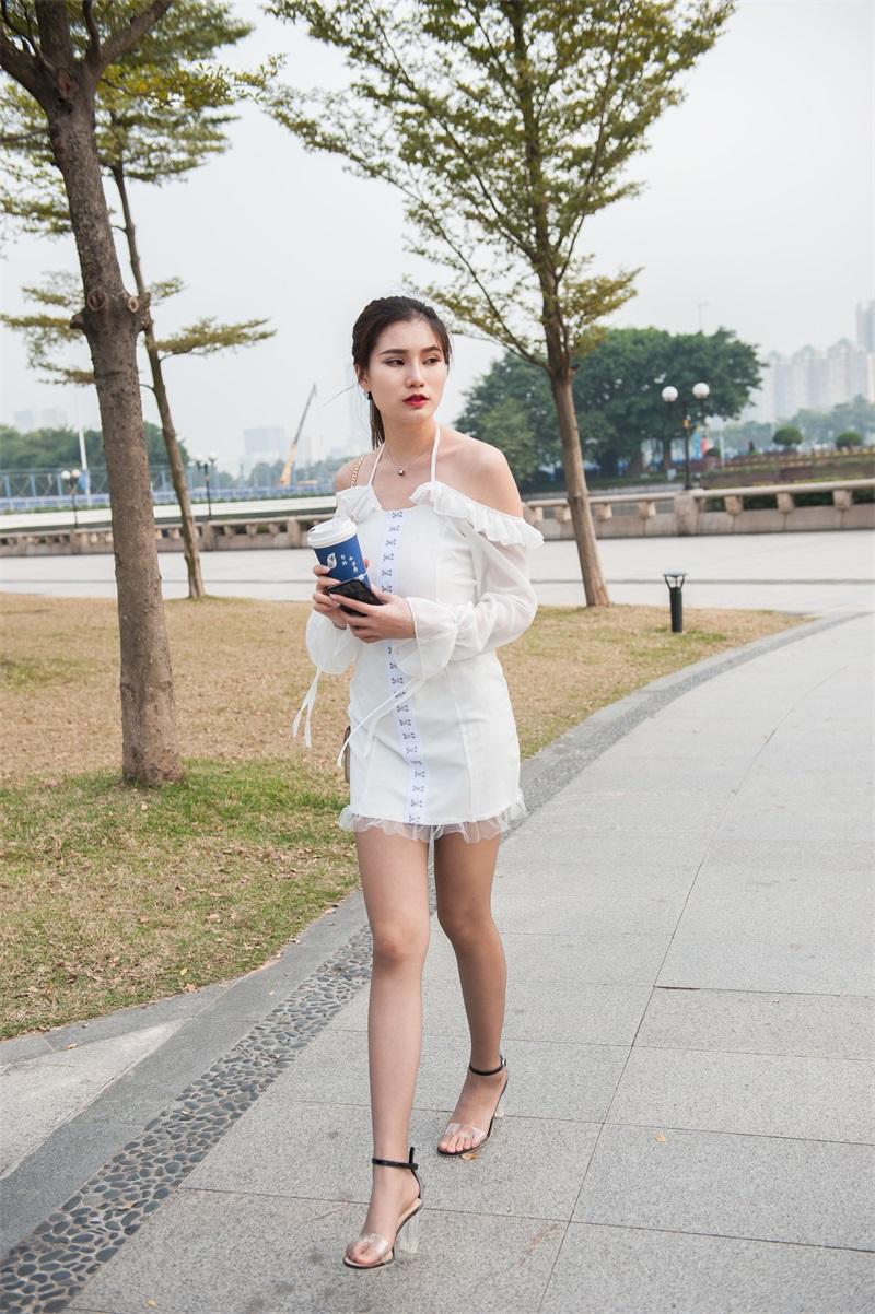 精选街拍 No.219 婷婷白色吊带连衣裙 [239P/1.31G] 精选街拍-第1张