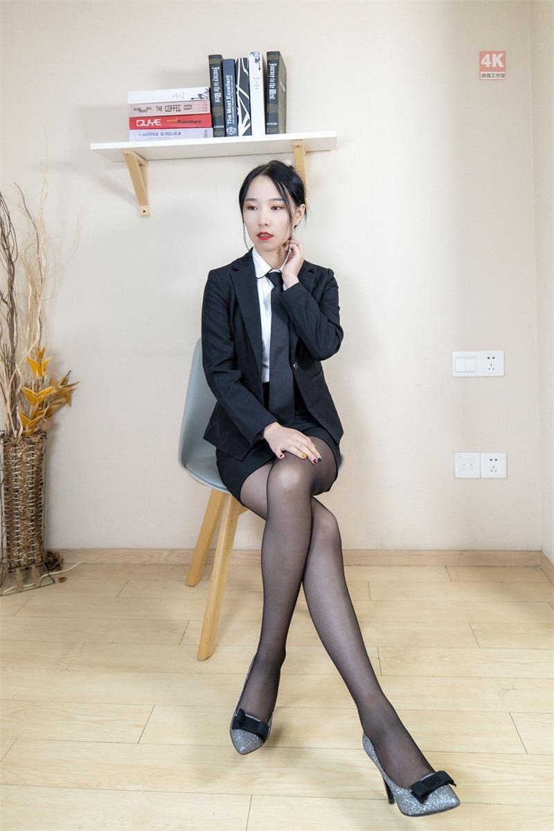 [Ligui丽柜] 2021.09.01《撩拨人的售楼小姐与她的薄丝袜》枫玥 [75P/106MB] LIGUI丽柜-第1张