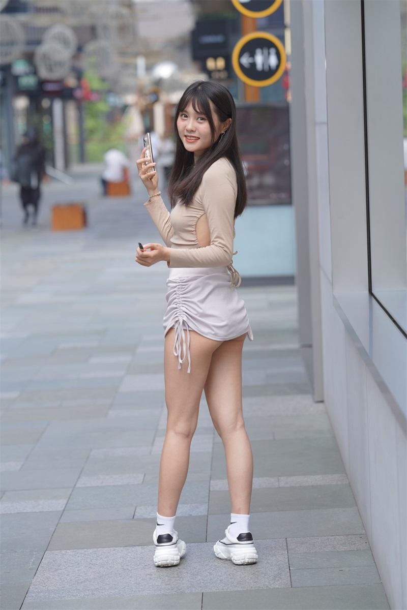 精选街拍 NO.249 非常可爱的美女外拍2 [180P/185MB] 精选街拍-第2张