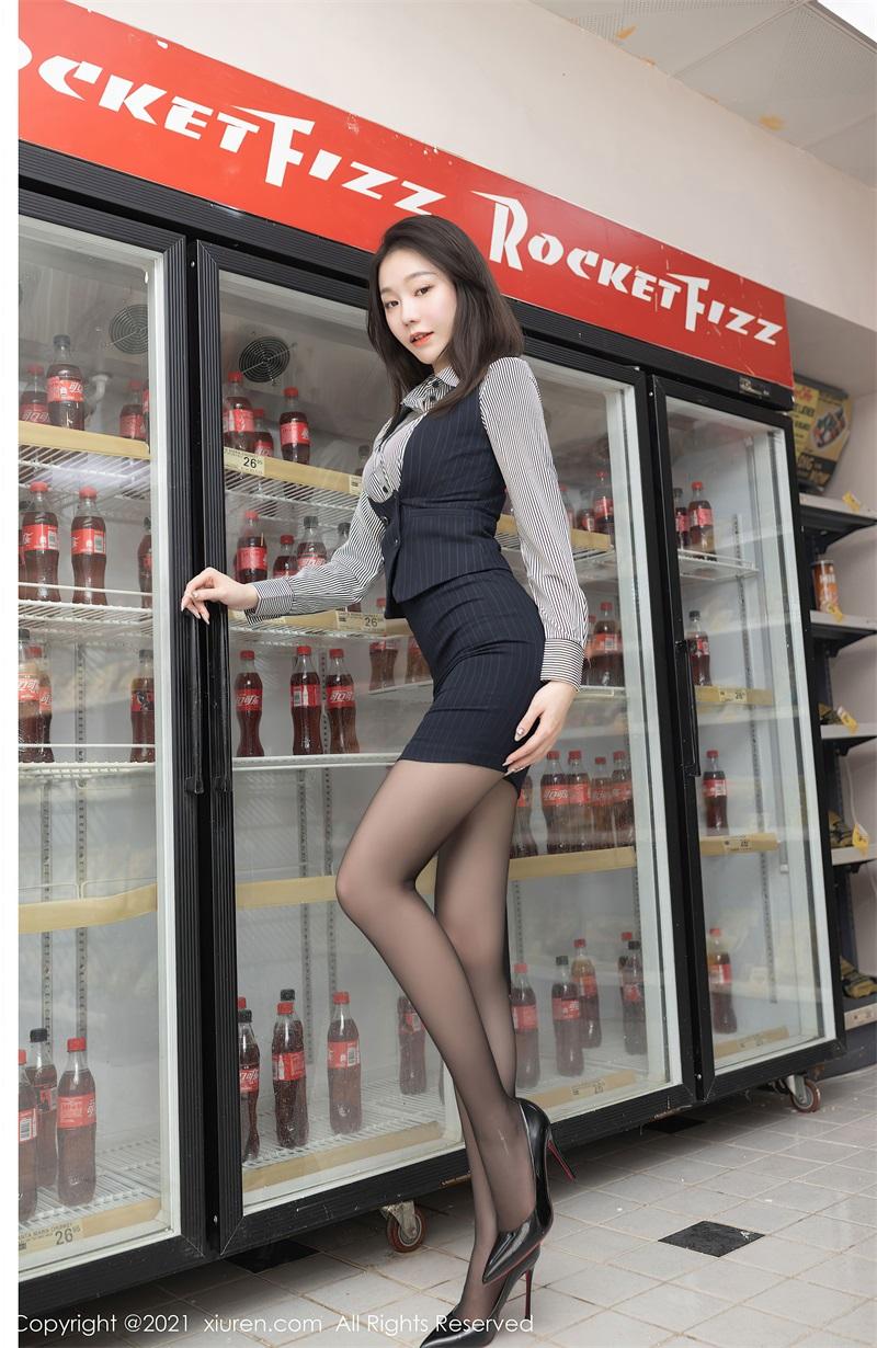 美女写真  便利店职员主题 安然Maleah [76P/794MB] 美丝写真-第1张