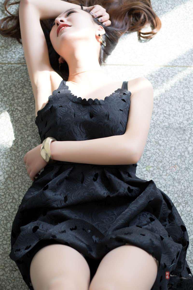 [LISS丽丝] NO.050 小西装黑色裙 [59P/420MB] LISS丽丝-第2张