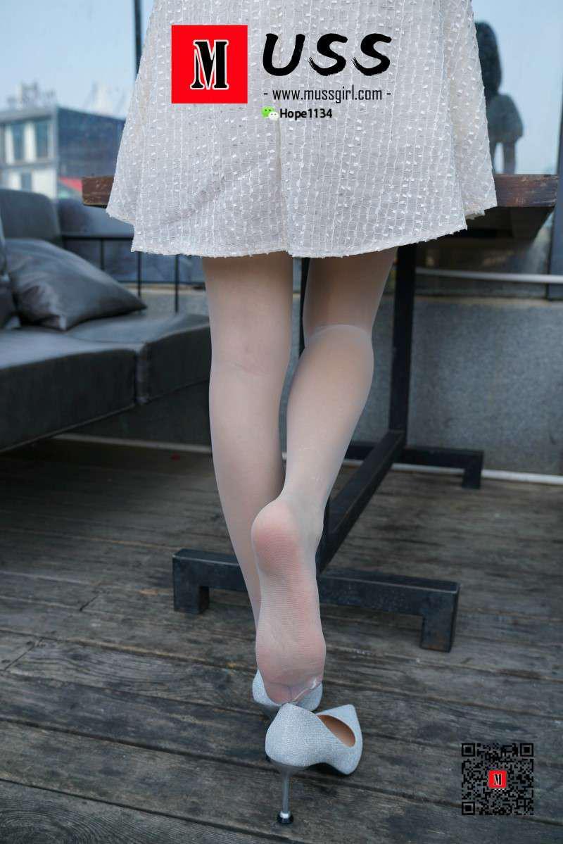 [MussGirl慕丝女郎] NO.018 白衣护士与白丝的绝美邂逅小贤(足底特写篇)[79P/168MB] 年费专享-第4张