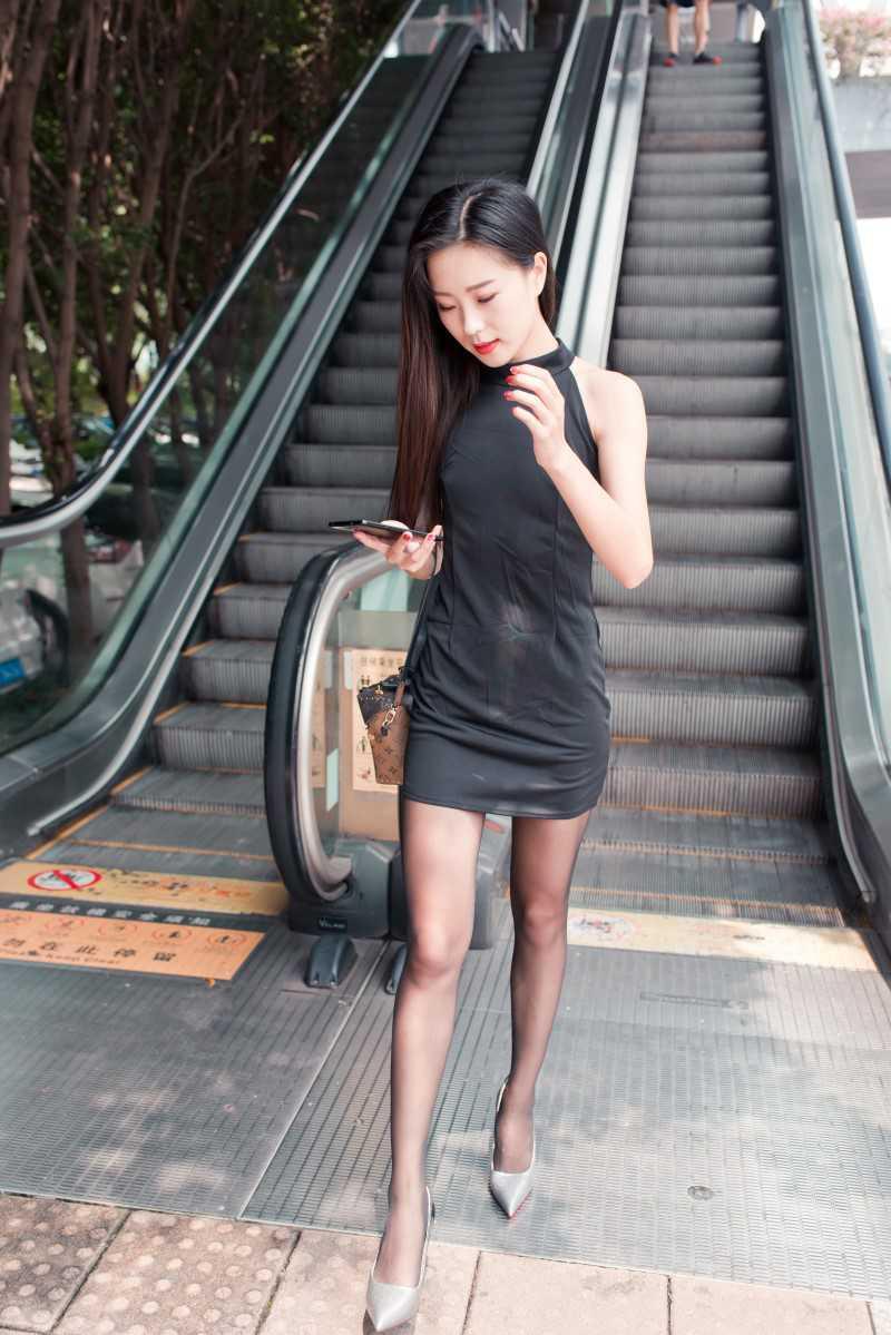 [LISS丽丝] NO.048《黑丝上班族的姑娘》[99P/66MB] LISS丽丝-第4张