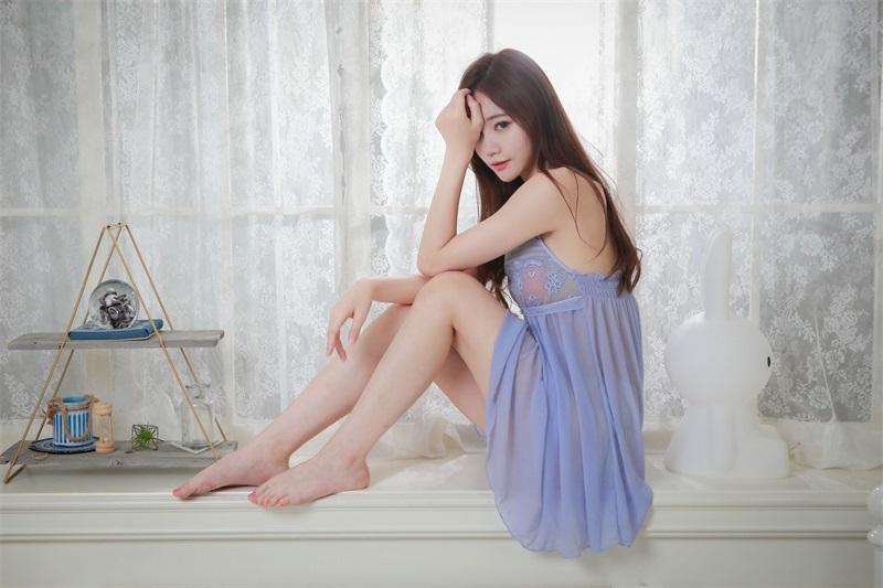 精选模拍 NO.033 蘇小立 紫色姓感睡衣裸足美腿 [116P/195MB] 精选模拍-第4张
