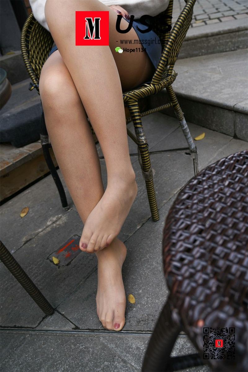 [MussGirl慕丝女郎]NO.024 燕姐 我就爱拖鞋穿鞋咋啦~ [95P/444MB] 年费专享-第3张