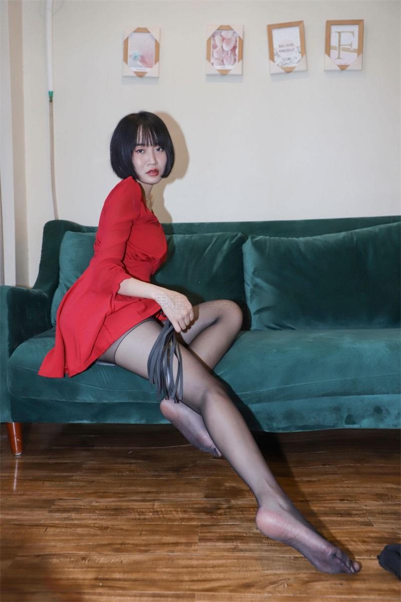 [SiHua思话]SJ033 新模 沐沐子 红裙皮鞭の姓感犹物 [43P/80MB] 思话-第3张