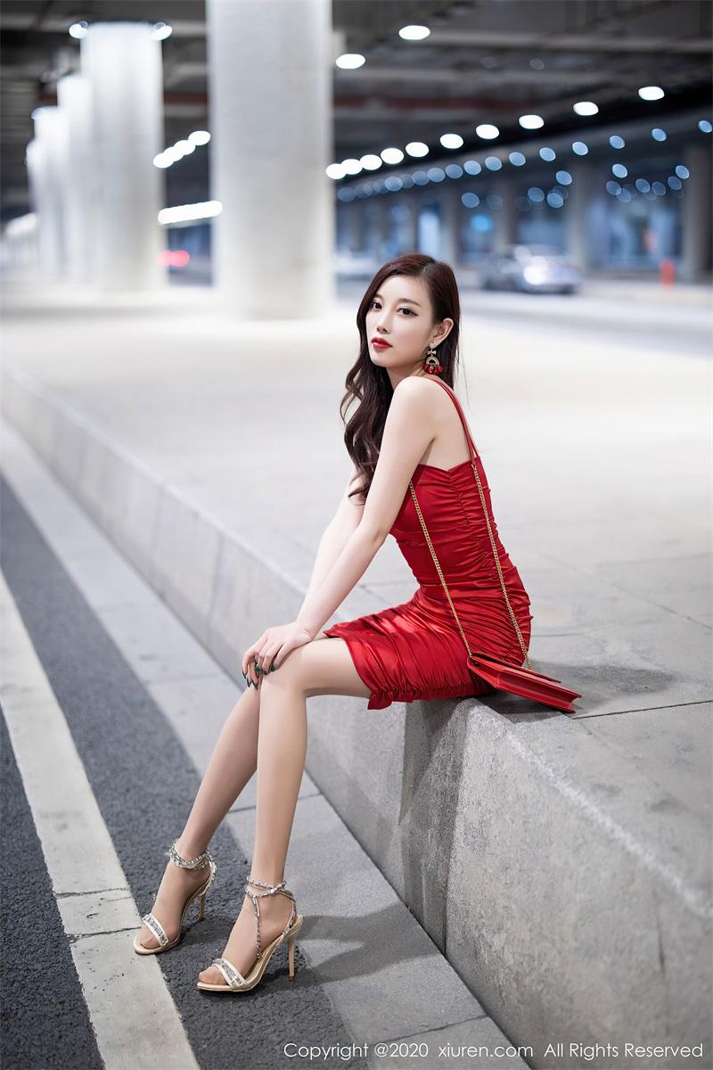 美女写真 猩红吊裙 杨晨晨sugar [121P/0.99GB] 美丝写真-第2张