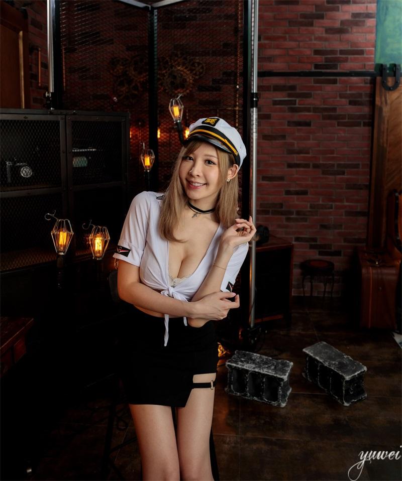 精选模拍 NO.038 朱芷玄 船員短裙高跟美腿 [49P/85MB] 精选模拍-第2张