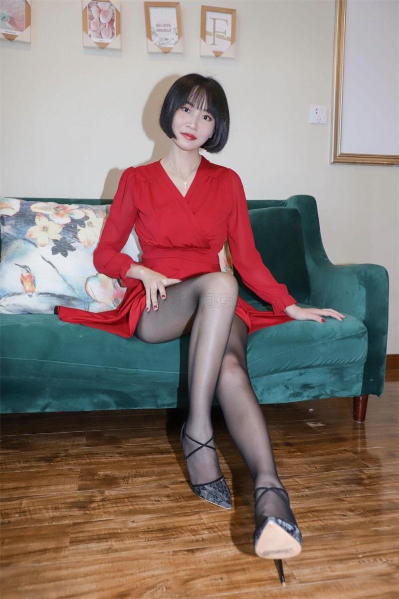 [SiHua思话]SJ033 新模 沐沐子 红裙皮鞭の姓感犹物 [43P/80MB] 思话-第1张