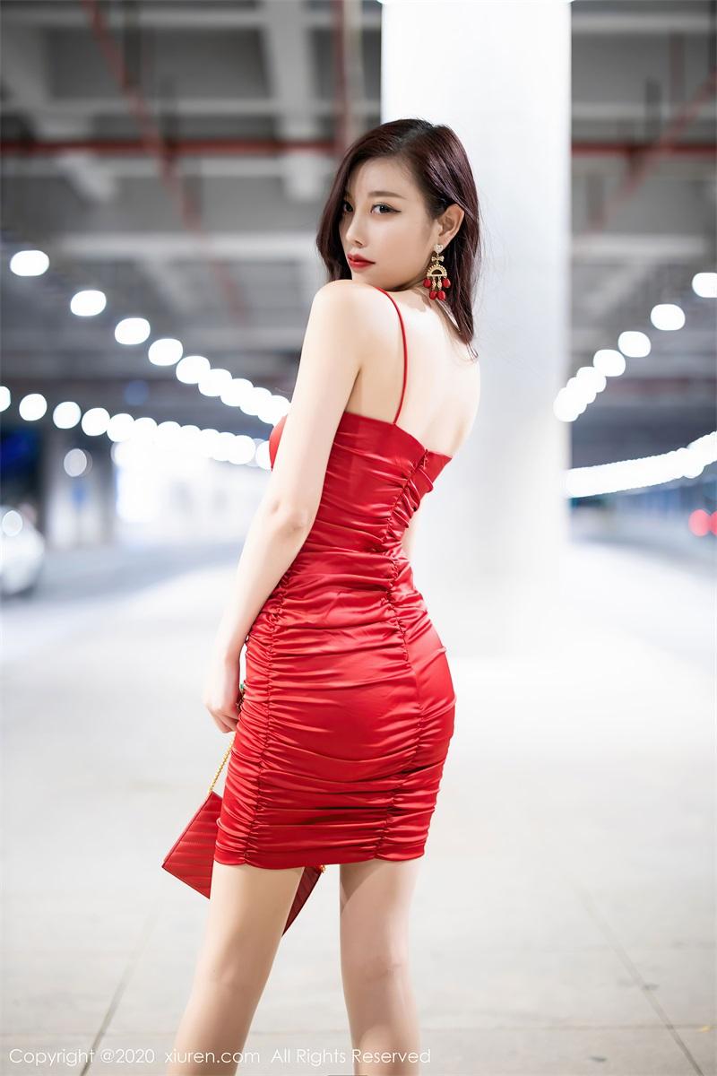 美女写真 猩红吊裙 杨晨晨sugar [121P/0.99GB] 美丝写真-第1张