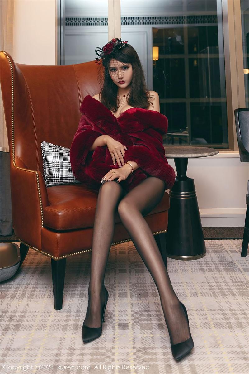 美女写真 一袭鲜艳猩红服饰贵妇装束 Emily尹菲 [61P/691MB] 美丝写真-第1张